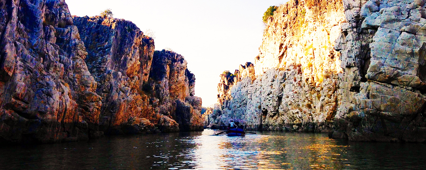 Bhedaghat is a town and a nagar panchayat in Jabalpur district in the state of Madhya Pradesh, India